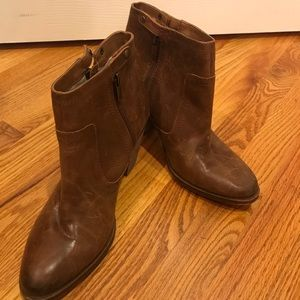 Lucky Brand Basel Ankle Boot, Size 9.5 M Toffee.
